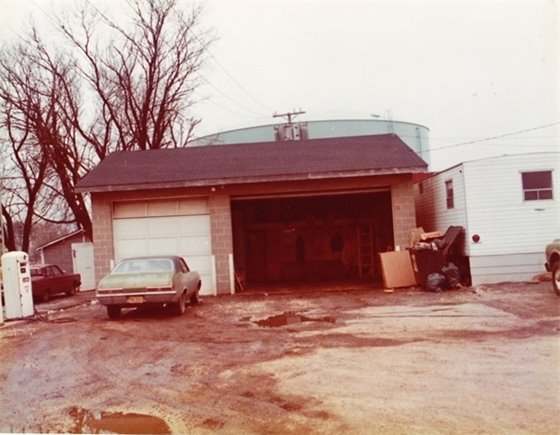 picture of 1974 public works building